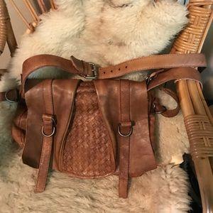 Handbags - Rugged leather handbag